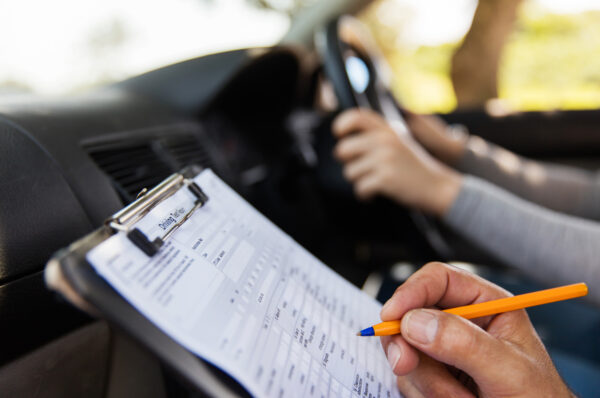 what is a defensive driving course